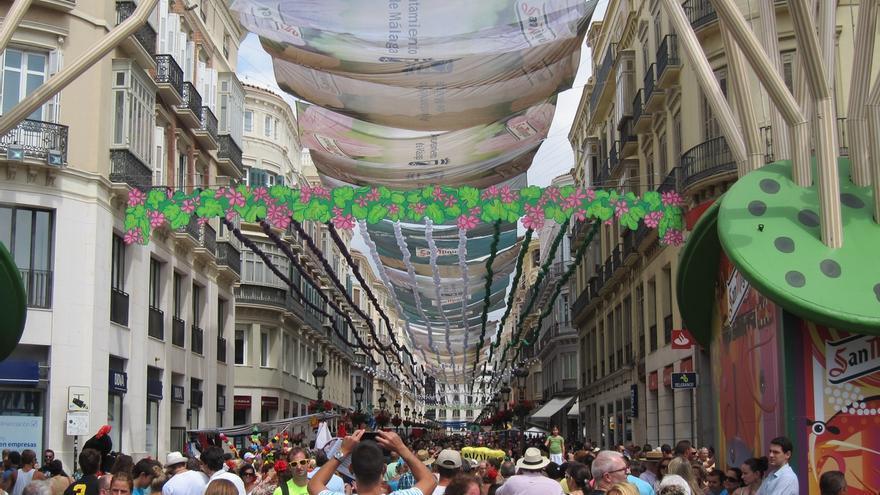 """De la Torre dice que se """"perfeccionará"""" la recogida de basura en Feria y apela al """"espíritu de colaboración"""""""