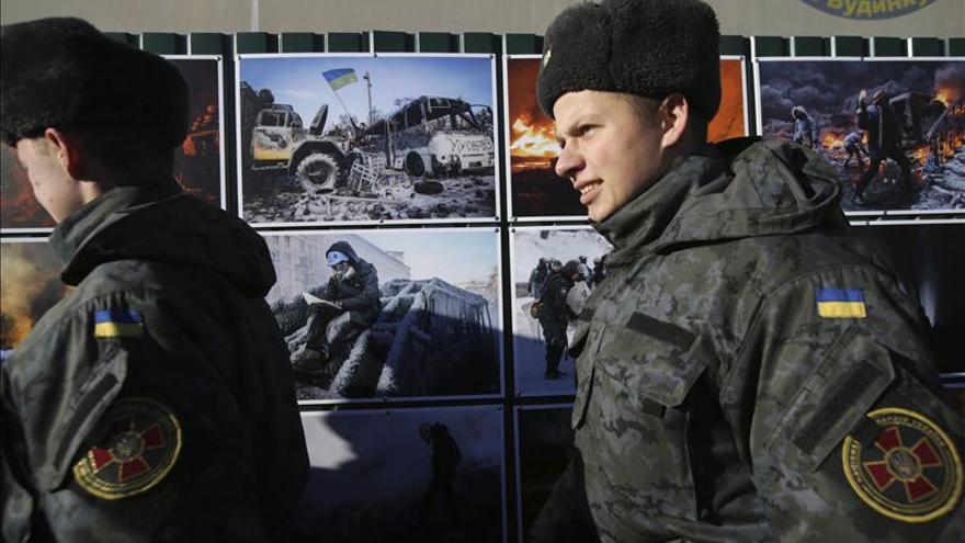 Al menos tres soldados muertos en ataques separatistas en el este de Ucrania