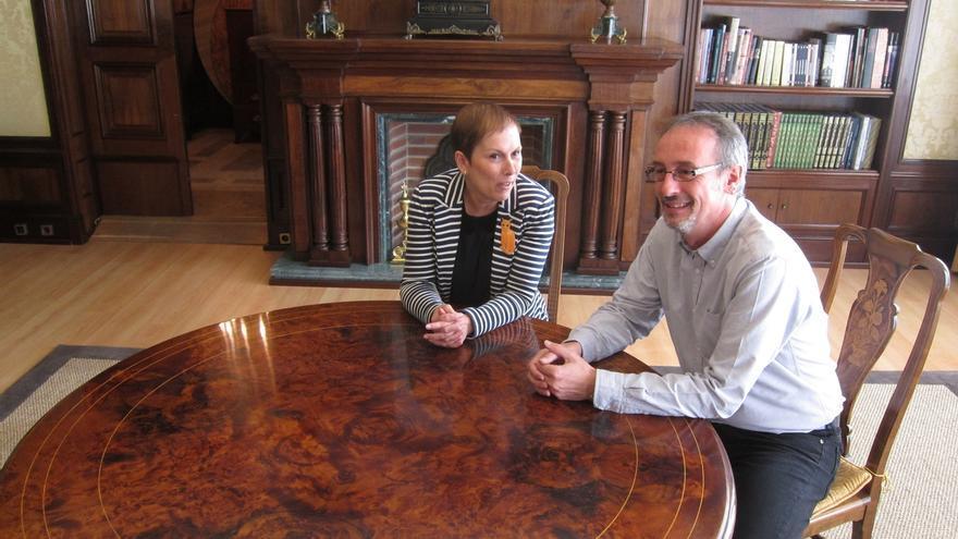 Uxue Barkos aborda con el alcalde de Tafalla las oportunidades de desarrollo de la Zona Media