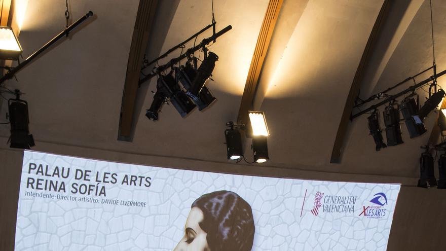 El conseller de cultura, Vicent Marzà, y el intendente de les Arts David Livermore durante la presentación del nuevo curso