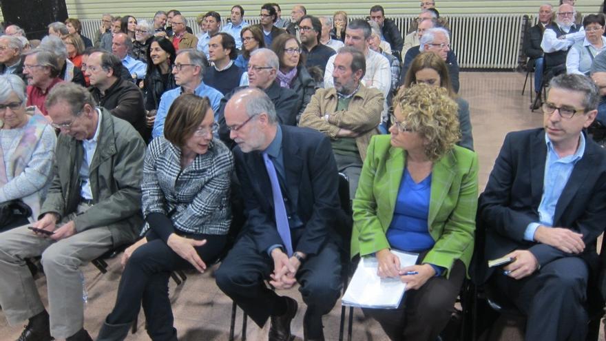 Los críticos socialistas pactan un documento de mínimos que una fuerzas para cambiar el PSC