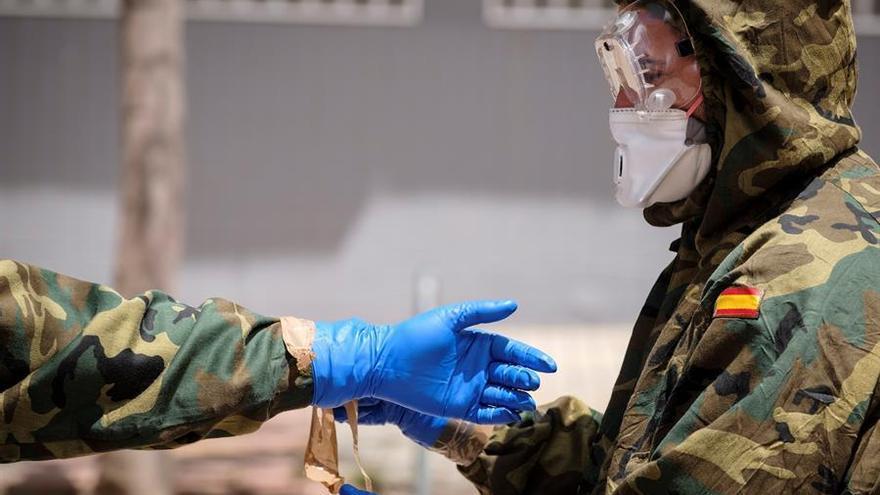 Ejército de Tierra, realizando labores de desinfección en Gran Canaria
