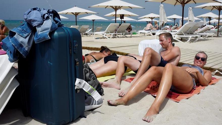 Sólo la mitad de los alemanes ve España como destino turístico seguro, según un estudio