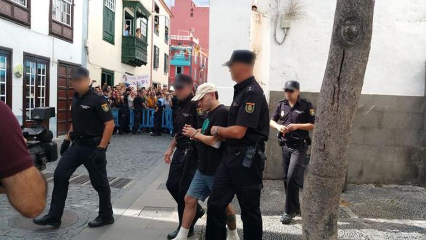 David Batista el 14 de octubre de 2015 cuando compareció en los Juzgados. Foto: LUZ RODRÍGUEZ.