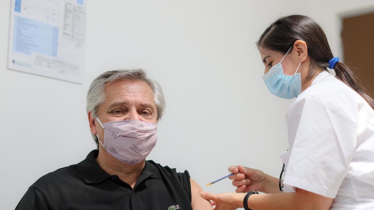 Alberto Fernández recibió el 21 de enero la primera dosis de la vacuna Sputnik V