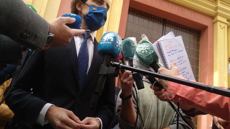 El vicesecretario de Comunicación del PP, Pablo Montesinos, atiende a los medios de comunicación en Málaga