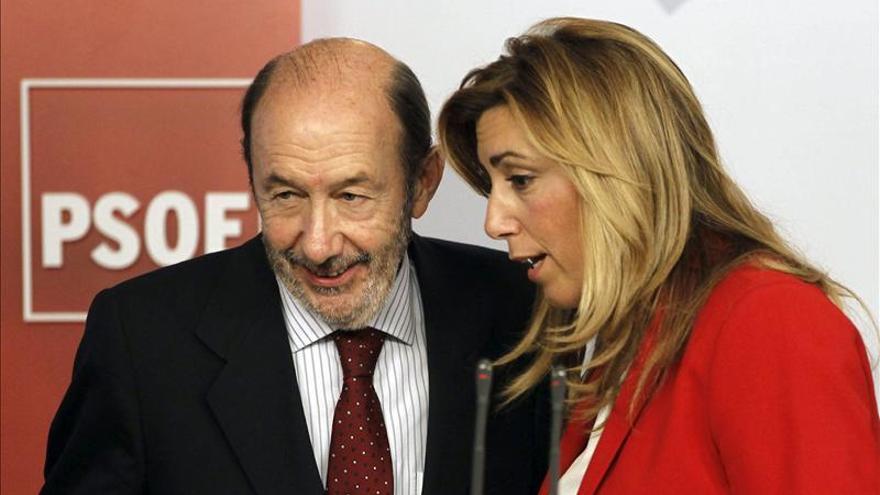 """PP-A afirma que """"las miradas de Díaz a Rubalcaba recuerdan a las del cocodrilo al ñu"""""""