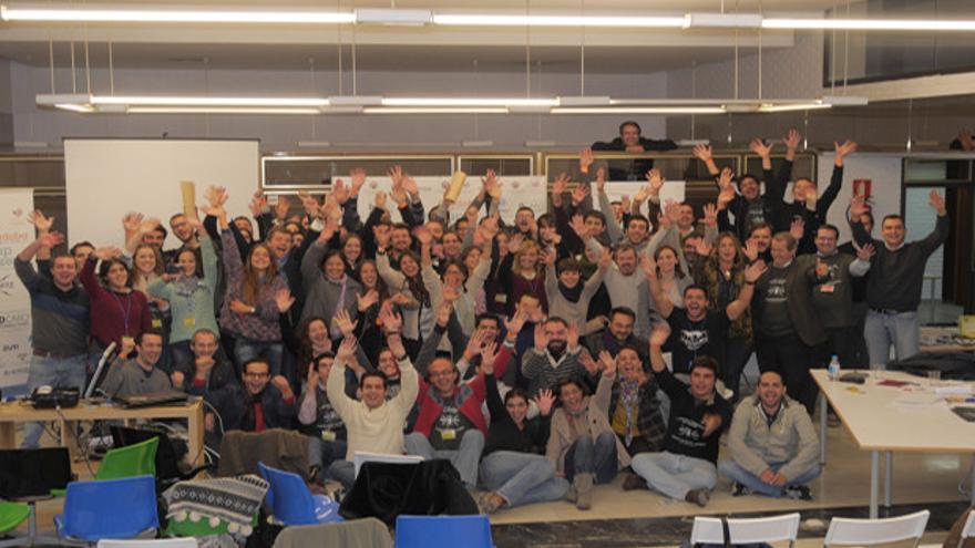 Foto de familia de la clausura del Startup Weekend del año pasado.