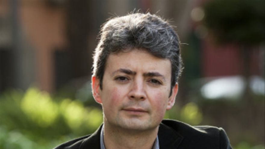El profesor José Farrujia.