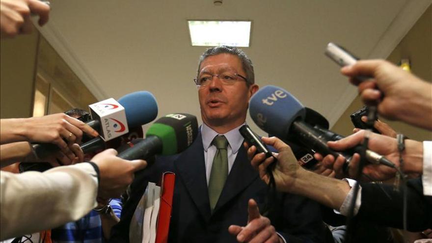 """Fernández Díaz apoya a Gallardón """"de la 'a' a la 'z'"""" en nueva ley del aborto"""
