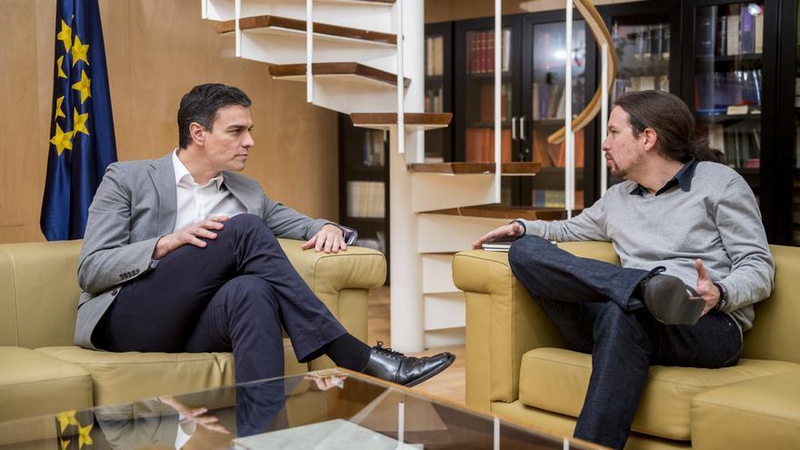 Pedro Sánchez junto a Pablo Iglesias en su primer encuentro tras el encargo del rey de formar Gobierno / Foto: Podemos