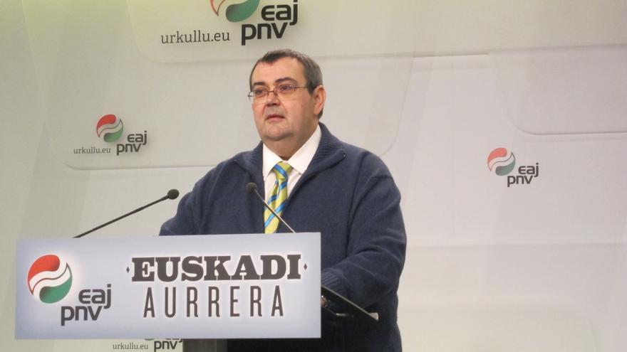 """Mediavilla dice que """"no hay opción"""" de apoyar al PP, aunque el PNV """"siempre ejerce el concepto de responsabilidad"""""""