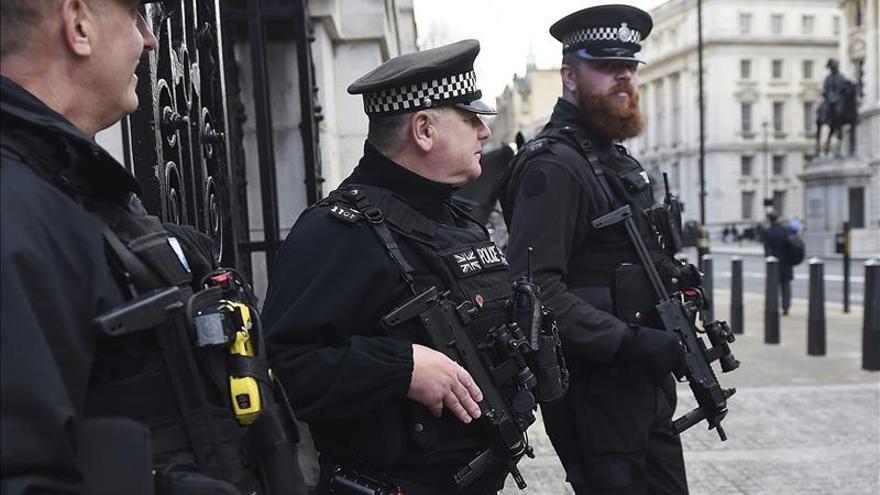 Cuatro detenidos en Inglaterra por supuestas actividades terroristas