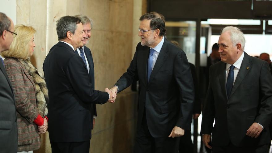 """Rajoy ve """"imprescindible"""" no derogar reformas y cree que sería un buen paso aprobar techo de gasto en las Cortes"""