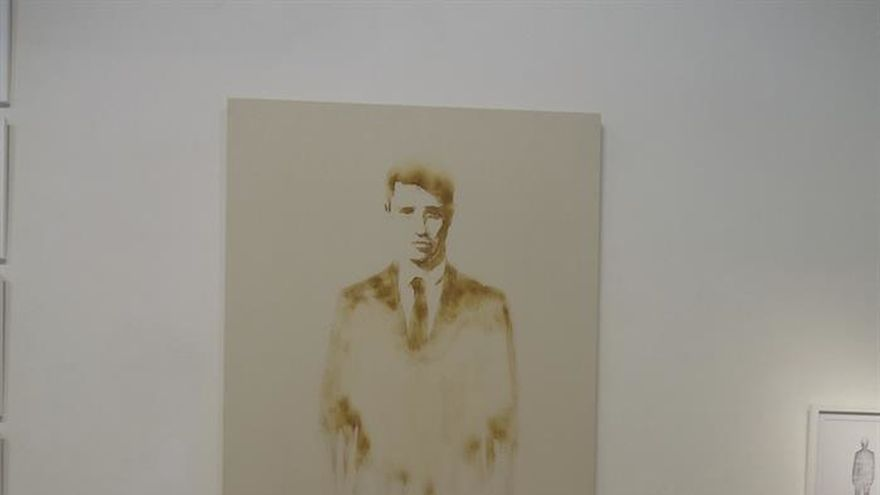 """Transmutaciones"" de Ramón Lez, la alquimia del arte al jugo de limón"