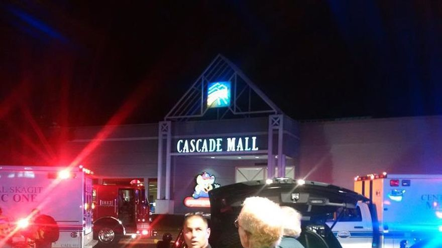 El FBI no ve indicios de terrorismo en el tiroteo en un centro comercial de EEUU