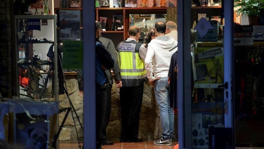 Un herido de bala en un intento de atraco a una armería en Huesca