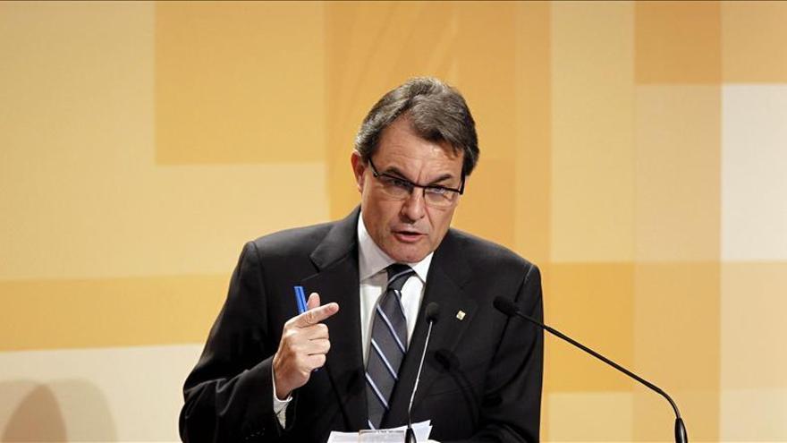 Rajoy verá a Mas dos días después de la suspensión del acuerdo soberanista