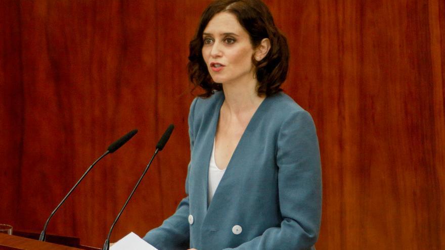 La candidata del PP a la Presidencia de la Comunidad, Isabel Díaz Ayuso, durante su intervención en el segundo pleno de su investidura.