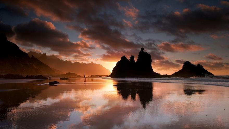 Canarias aún esconde kilómetros de playas vírgenes gracias a la dificultad de sus accesos por senderos o mar