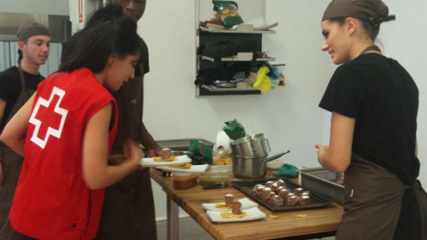 Curso de cocina tutelado por Cruz Roja.
