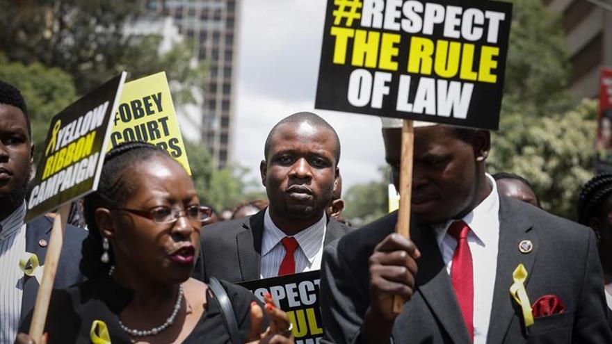El Tribunal Supremo de Kenia declara nula la deportación de un opositor a Canadá