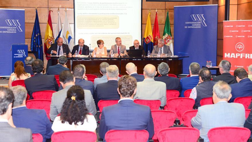Asamblea de la Confederación Canaria de Empresarios en junio de 2016