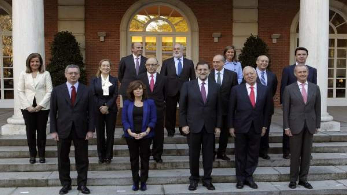 El primer gabinete de Mariano Rajoy, con Fernández Díaz y Soraya Sáenz de Santamaría