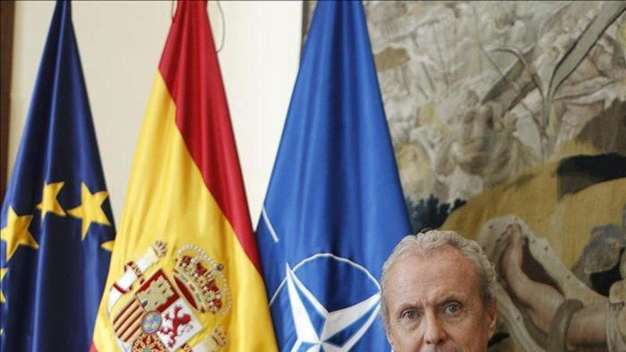Morenés: España saldrá de Afganistán a final de octubre, tras 14 años de misión