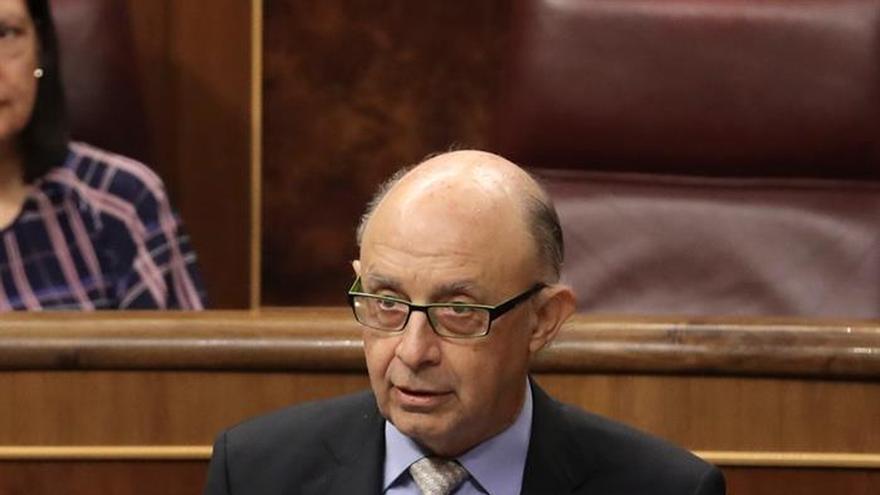 Montoro: la fuga de empresas de Cataluña afecta a la tributación autonómica