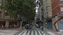 Un hombre apuñala a su pareja en una calle de Zaragoza