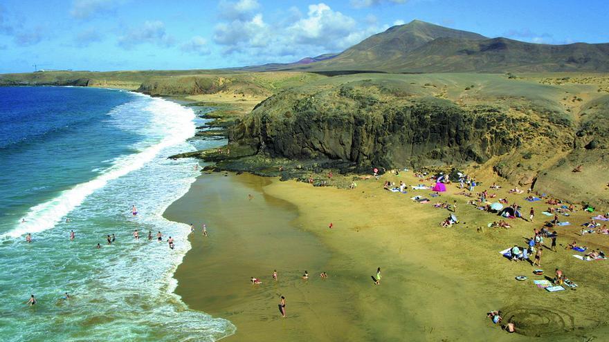 Playa del Papagayo, en Lanzarote. TURISMO DE LANZAROTE