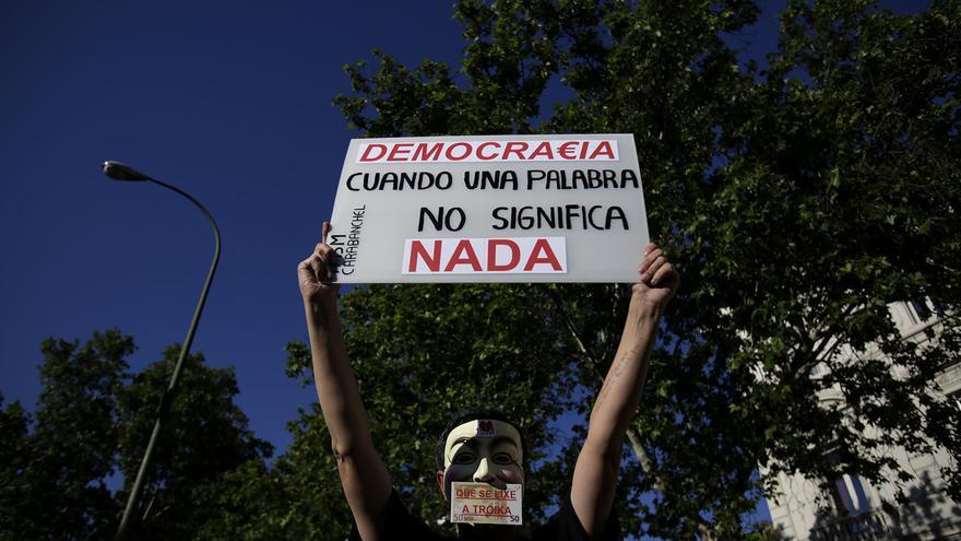 Mensajes de llamamiento a un cambio político de un miembro de la Asamblea 15M de Carabanchel