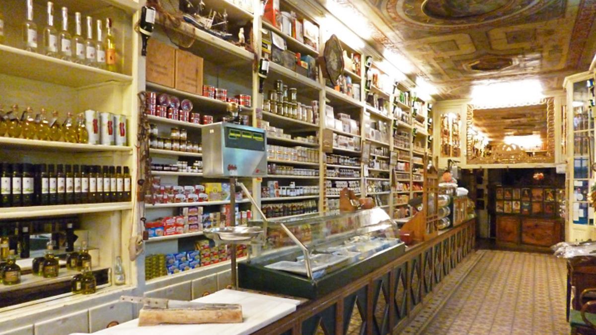 Ultramarinos La Confianza, la tienda más antigua de España