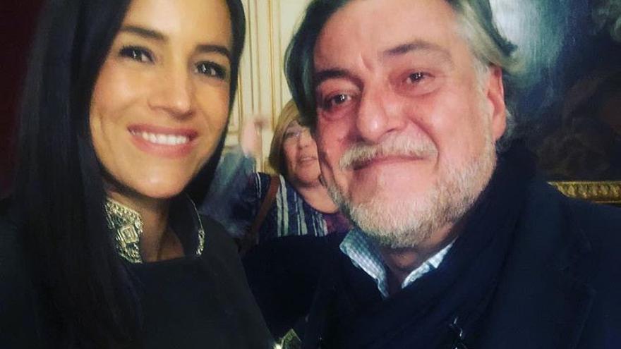 La imagen con Pepu Hernández que Begoña Villacís ha eliminado de sus redes sociales