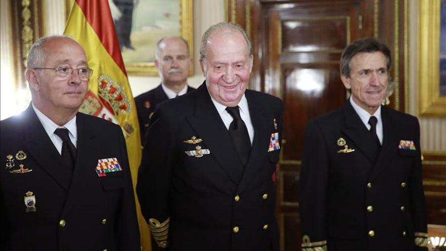 El rey Juan Carlos acude a la Armada para presidir el patronato del Museo Naval