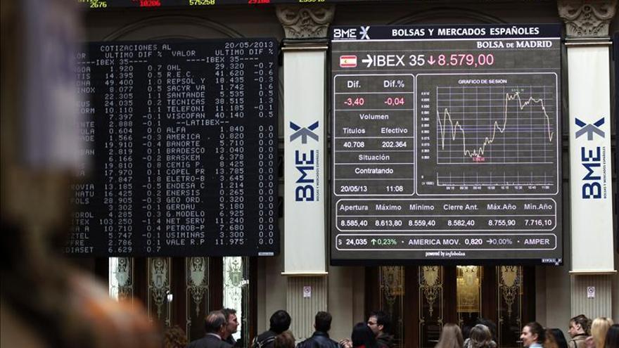 La bolsa española cae un 0,20 por ciento tras la apertura y a la espera de la subasta