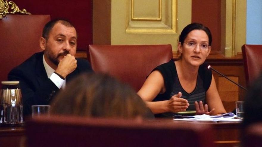 José Manuel Bermúdez y Zaida González, en un pleno