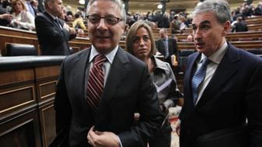 Ministro de Fomento, José Blanco, y el ministro de Presidencia, Ramón Jáuregui