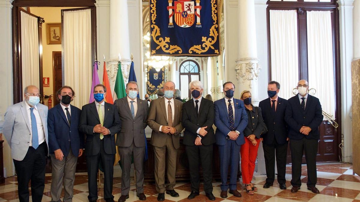 Los decanos de los colegios andaluces.