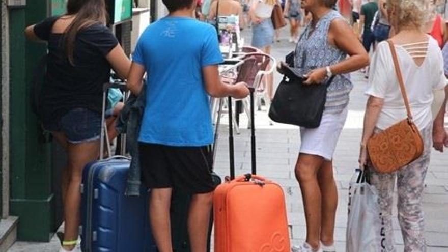 El decreto regulador de viviendas de uso turístico entrará en vigor dentro de tres meses