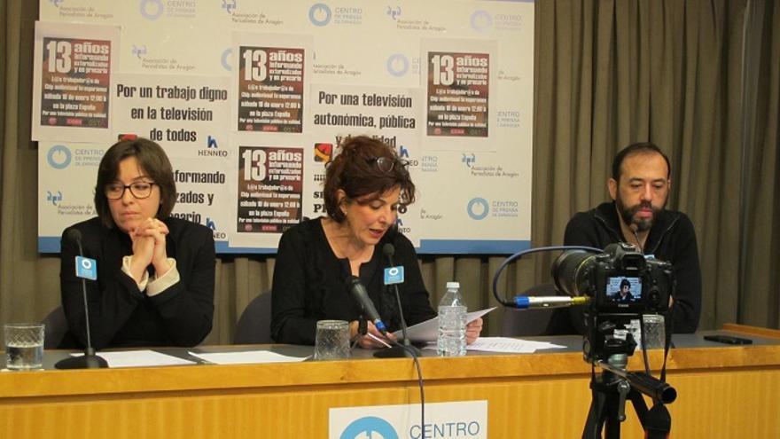 Rueda de prensa de los trabajadores y trabajadoras de Chip Audiovisual en la Asociación de Periodistas de Aragón