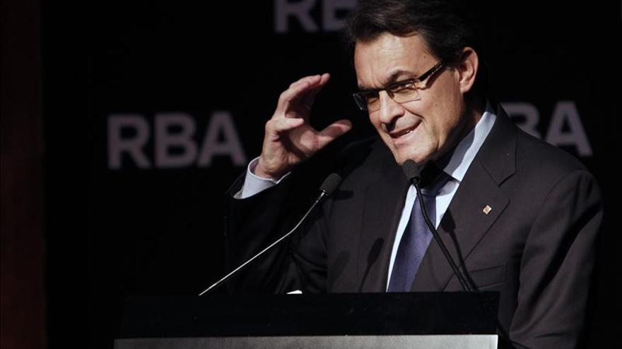 """Mas dice que no bajarán la cabeza """"ante esta gente que quiere dividir Cataluña"""""""