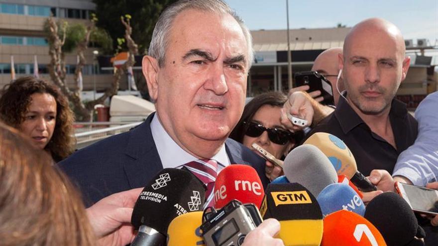 González Tovar logra el apoyo del PSOE para presentar moción de censura