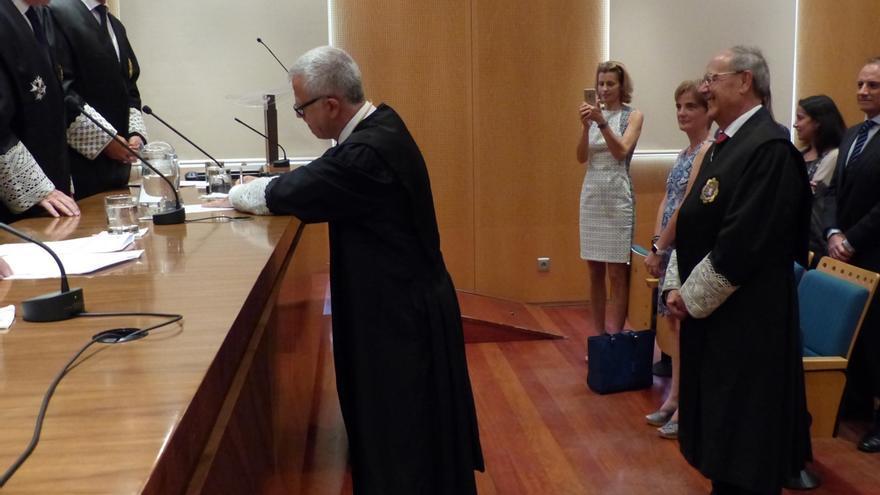 Guillermo García-Panasco toma posesión del cargo de Teniente Fiscal de la Secretaría Técnica en un acto presidido por el Fiscal General del Estado, José Manuel Maza.