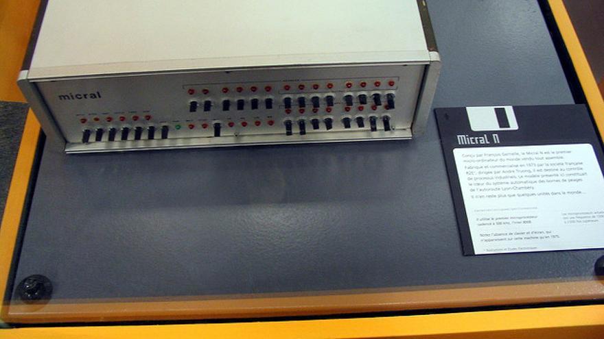 El Micral N, un ordenador francés con microprocesador incluido