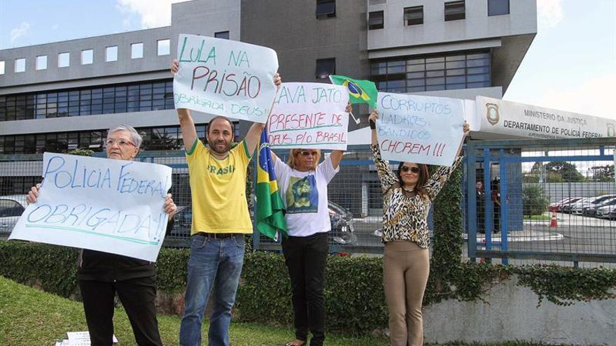 Simpatizantes y detractores de Lula se enfrentan en Brasil