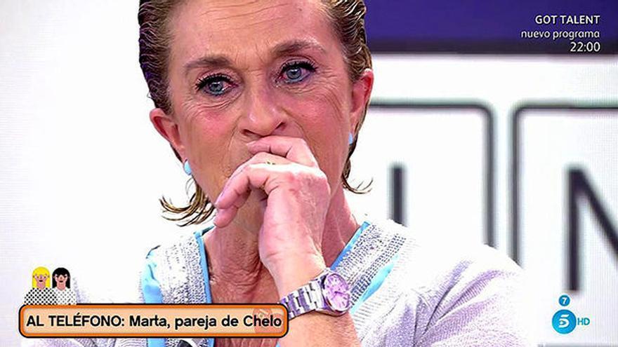 La pareja de Chelo García-Cortés debuta con una llamada en 'Sálvame'