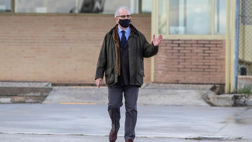 Rodrigo Rato a su salida de la prisión de Soto de Real en Madrid