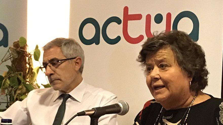 Llamazares y Almeida, durante la presentación de la plataforma Actúa el pasado junio en Valladolid.